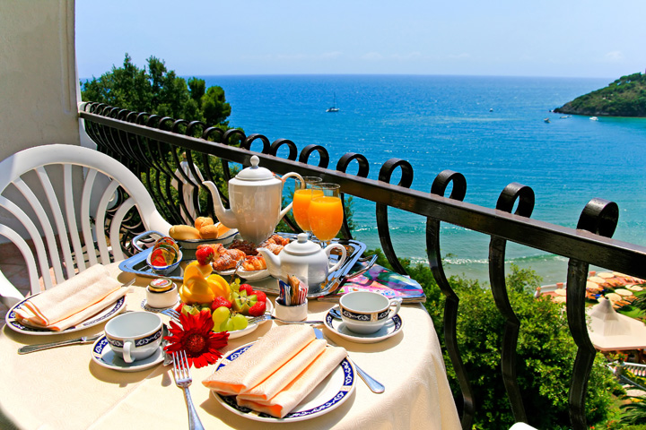 Private Honeymoon breakfast